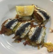 Vino-e-farinata-savona-sardine-ripiene2