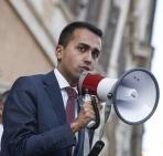 Riforme: deputati M5S escono da Camera, Renzi parli da solo
